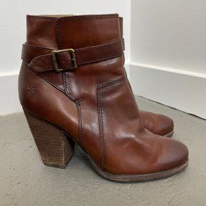 FRYE Brown Leather Block Heel Patty Riding Bootie
